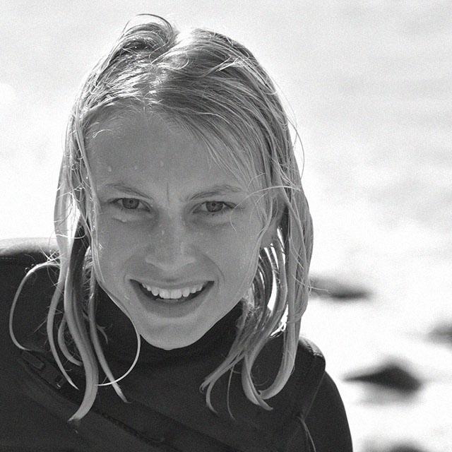 Pelle, surfer